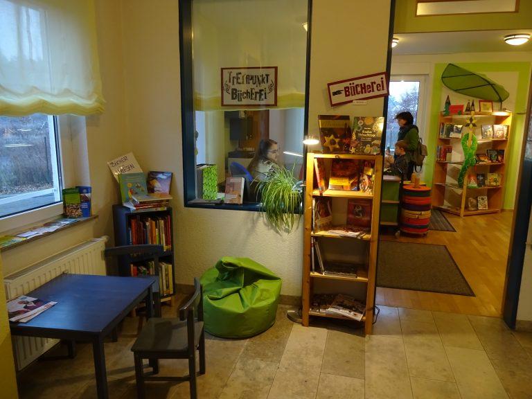Eingang Bücherei